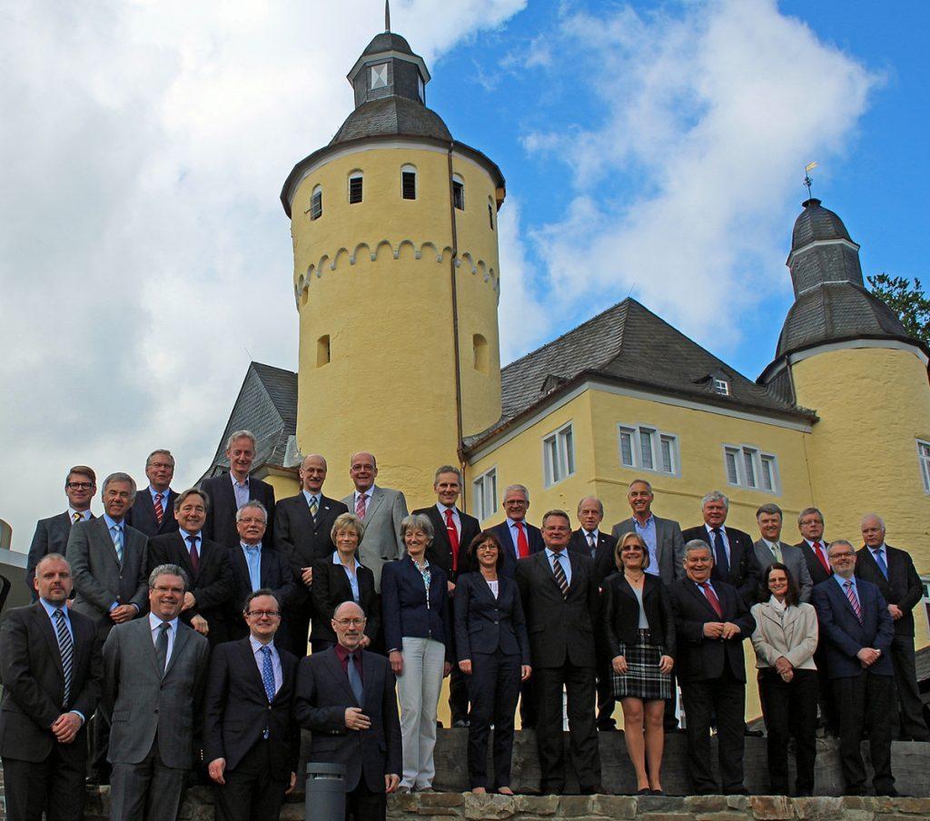 Landkreistag Schloss bearbeitet